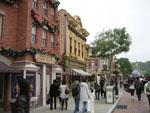 Honk Kong Disneyland street and shops