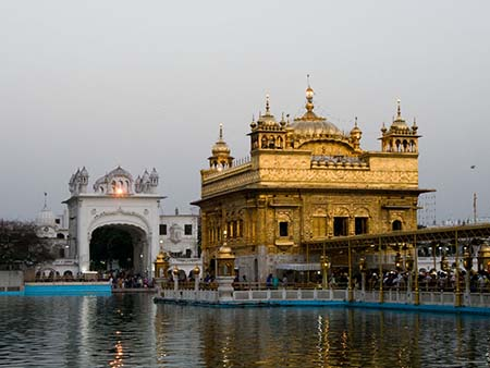 The Darbar Sahib and North entrance gate